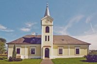 markt_neuhodis_evangelische_kirche